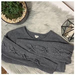 Garage Grey Crew Neck Sweater Size Medium
